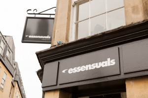 essensuals bath-signage